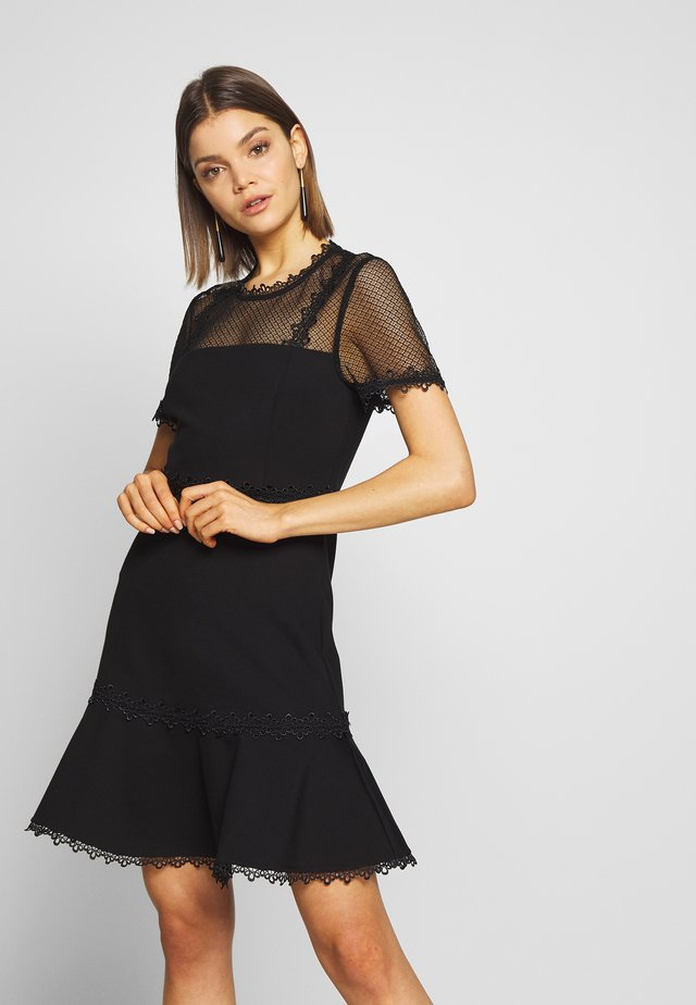 STEPHS PONTE DRESS - Žerzejové šaty - black