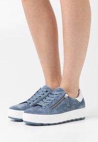 Gabor Comfort - Sneakers laag - nautic/weiß - 0