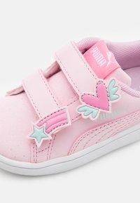 Puma - SMASH UNICORN - Trainers - pink - 5