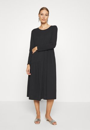 HERMIONE DRESS - Jerseyjurk - pitch black