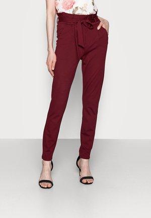 VMEVA PAPERBAG PANT - Trousers - cabernet