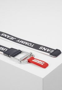 Tommy Jeans - LOGO TAPE BELT - Belt - blue - 1