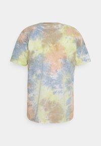 Obey Clothing - NO FUTURE FOR APATHY - Camiseta estampada - pheasant - 1