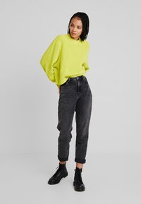 Monki - AGATA BASIC - Jumper - lime - 1