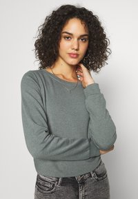 ONLY - ONLWENDY ONECK - Sweatshirt - balsam green - 3