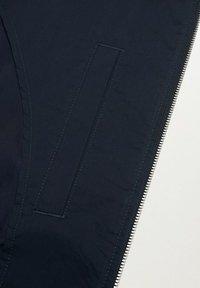 Mango - MIT REISSVERSCHLUSS - Summer jacket - dunkles marineblau - 7