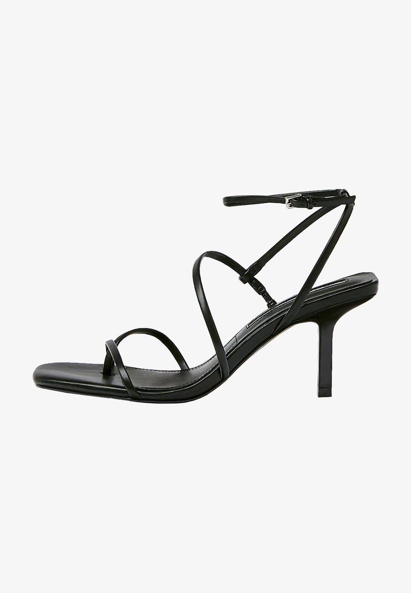 PULL&BEAR - Sandály na vysokém podpatku - black