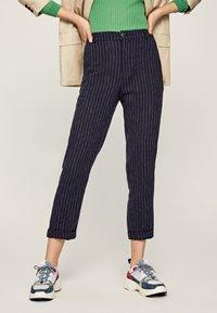 Pepe Jeans - MARTIS - Spodnie materiałowe - blue - 0