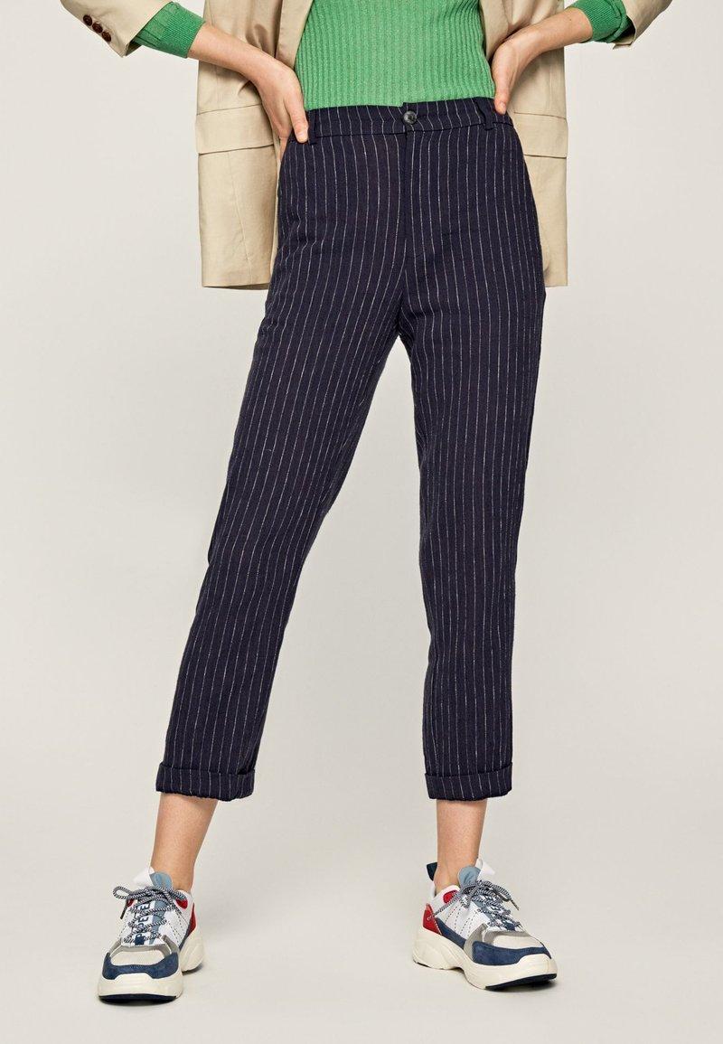 Pepe Jeans - MARTIS - Spodnie materiałowe - blue