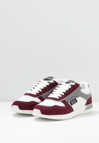 Versace Jeans Couture - Trainers - red - 2