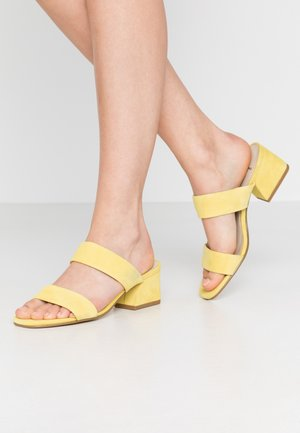 ELENA - Pantofle na podpatku - citrus