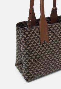 Emporio Armani - FRIDATOTE BAG - Handbag - brown/ecru/tobacco - 4