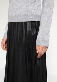 Vero Moda - VMGLORY VIPE - Sweter - light grey melange - 4