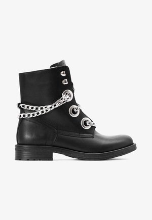 WEAVER  - Ankle Boot - black