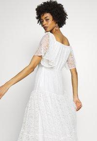NAF NAF - ALMA - Cocktail dress / Party dress - blanc - 3