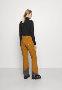 State of Elevenate - WOMEN'S ZERMATT PANTS - Skibroek - khaki - 2
