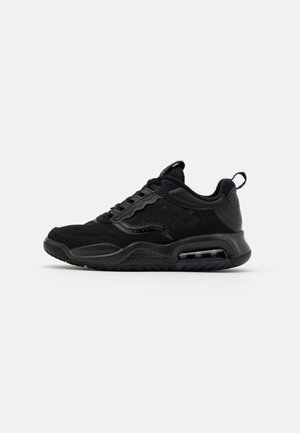 MAX 200 - Trainers - black