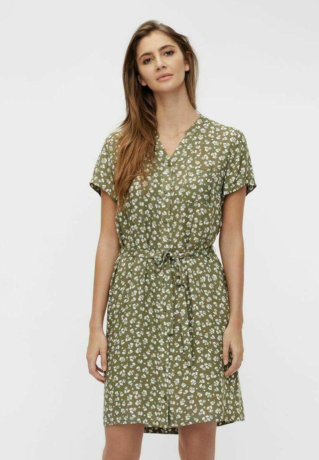 BIRDY DRESS - Skjortklänning - deep lichen green