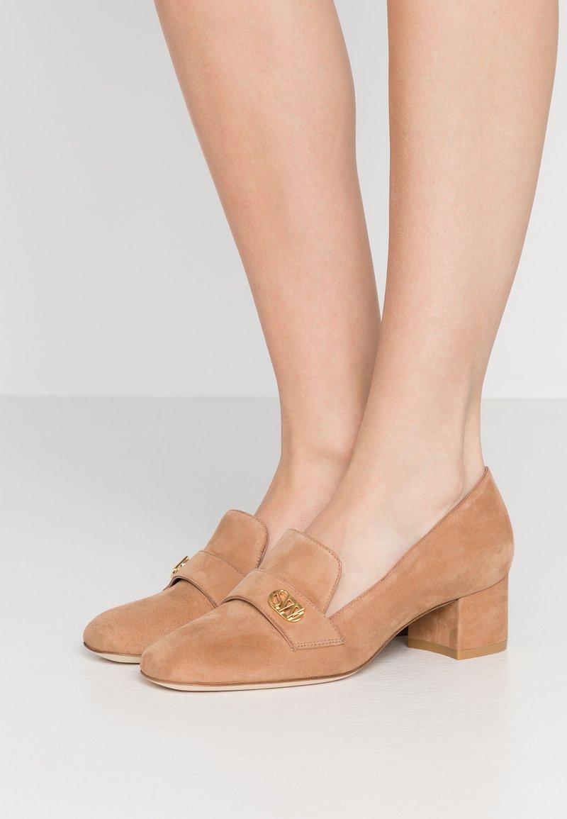 Stuart Weitzman - RIELA  - Classic heels - tan