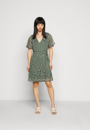 VMKAY WRAP SHORT DRESS