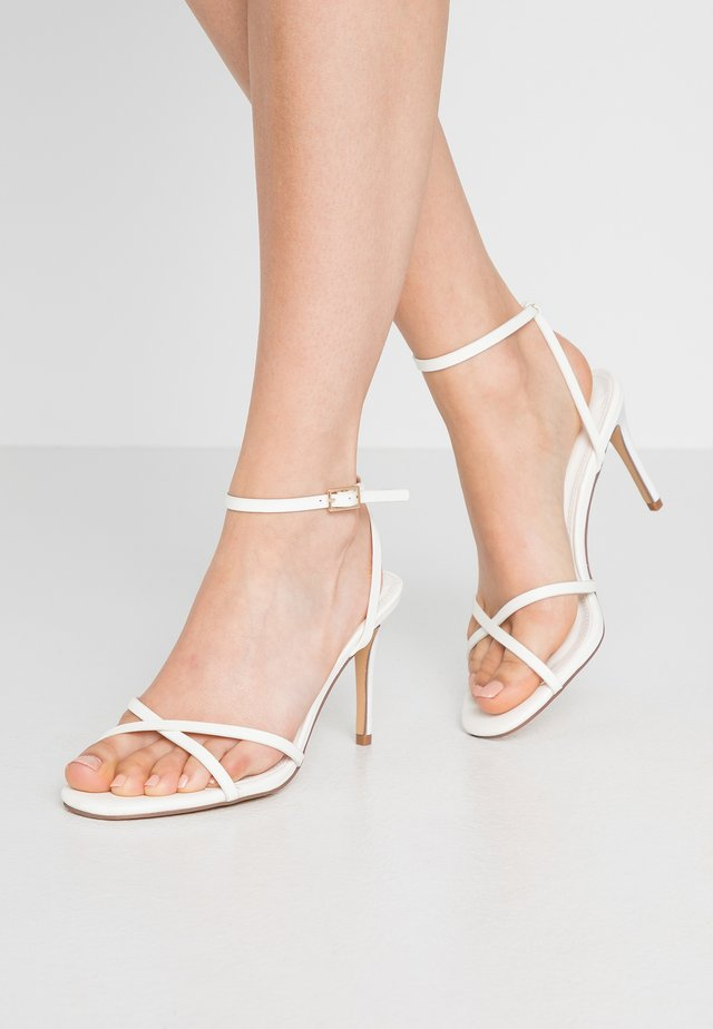 SAFIRA STRIPPY DRENCH ENAMEL - High heeled sandals - white