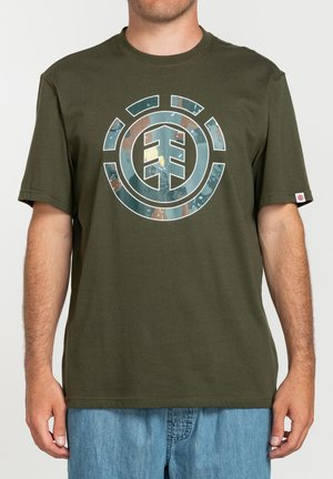 WATER CAMO ICON FILL - Print T-shirt - forest night