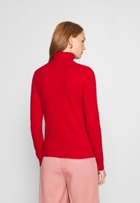 Benetton - TURTLE NECK - Pullover - red - 2