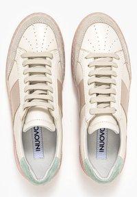 Inuovo - Sneakers laag - beige multi bem - 2