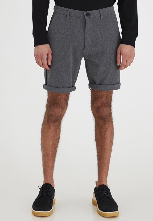 7193104, SHORTS - FREDERIC - Shorts - med grey m