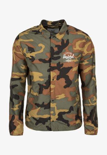 VOYAGE COACH - Summer jacket - olive