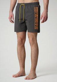 Napapijri - Swimming shorts - dark grey solid - 0