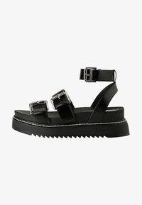 Bershka - MIT RIEMCHEN UND SCHNALLEN - Korkeakorkoiset sandaalit - black - 1