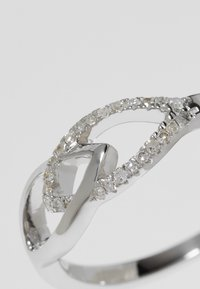 DIAMANT L'ÉTERNEL - WHITE GOLD - Ring - silver-coloured - 5