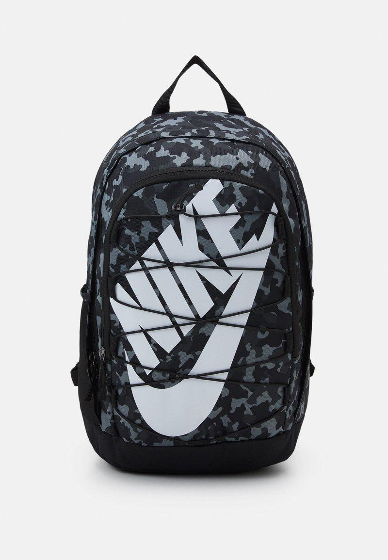 Nike Sportswear - HAYWARD UNISEX - Rucksack - black/black/white