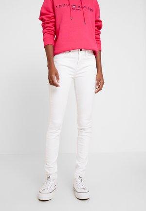 COMO  - Jeansy Skinny Fit - white