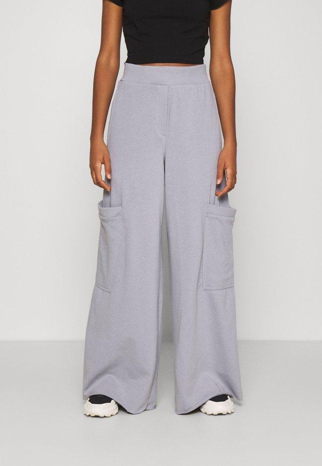 ALICE - Pantaloni sportivi - steel grey solid