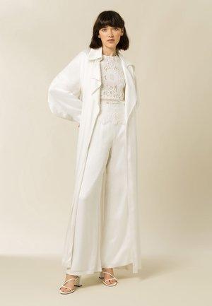 Classic coat - snow white