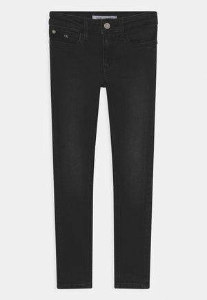 SUPER SKINNY  - Skinny džíny - essential ebony black
