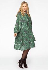Yoek - Day dress - green - 1