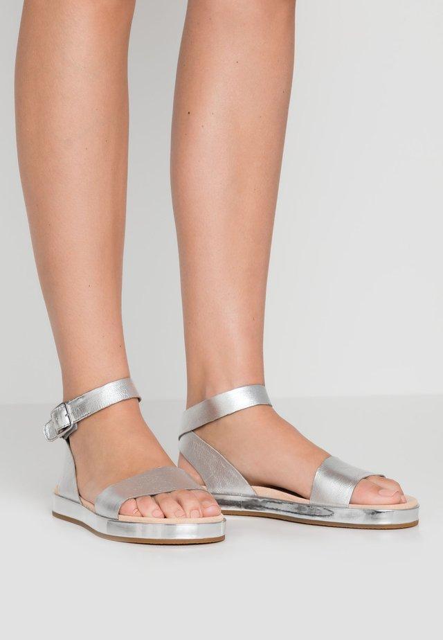 BOTANIC IVY - Sandals - silver