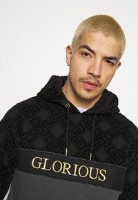 Glorious Gangsta - HERVOS OVERHEAD HOODIE - Hoodie - black - 3