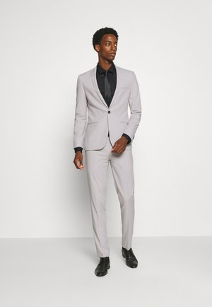 GOTHENBURG SUIT - Traje - pale grey