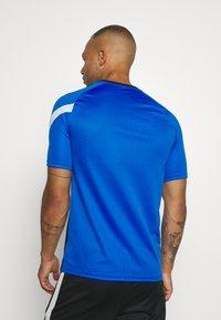 Nike Performance - DRY ACADEMY - T-shirt print - soar/white - 2