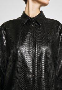 N°21 - Button-down blouse - black - 6