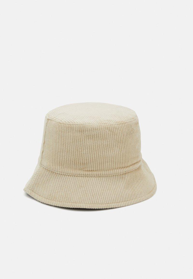 Pieces - PCJIOLA BUCKET HAT - Hat - warm sand
