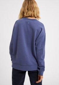 ARMEDANGELS - AARIN - Sweatshirt - foggy blue - 2