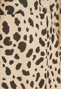 NA-KD - WRAPPED FRILL DRESS - Denní šaty - multi-coloured - 6