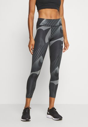 FAST 7/8 RUNWAY - Leggings - black/black/reflective silver