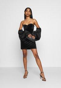 Missguided - PUFF SLEEVE MINI DRESS - Cocktail dress / Party dress - black - 1