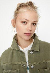 PULL&BEAR - Summer jacket - khaki - 3
